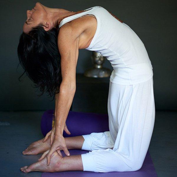 Unfolding the Deep Psoas Yogaroma Video